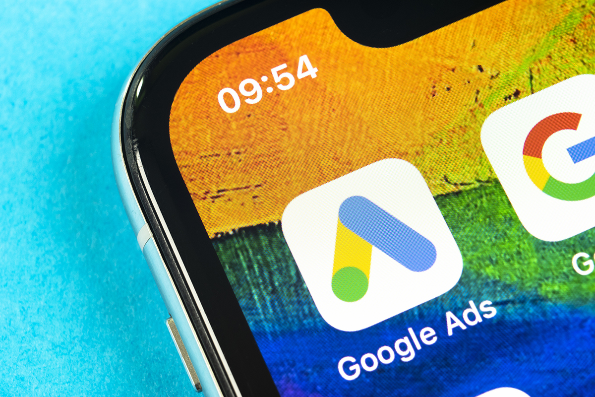 Why Is Google Changing Paid Ads to Free Shopping Listings
